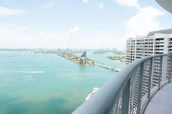 One Luxury Miami Brickell photo