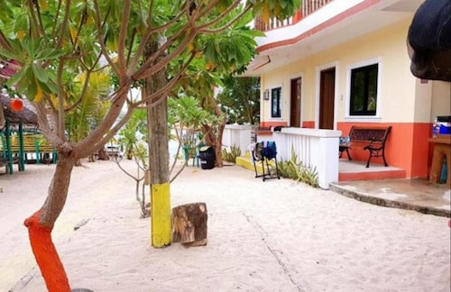 Traditional Filipino cottages, Bolinao