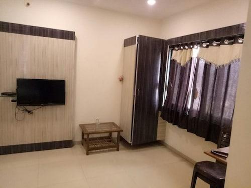 Hotel Prime Inn, Bharuch