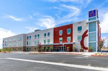 內華達拉斯維加斯 - 賽車場 6 號汽車旅館 Motel 6 Las Vegas, NV - Motor Speedway