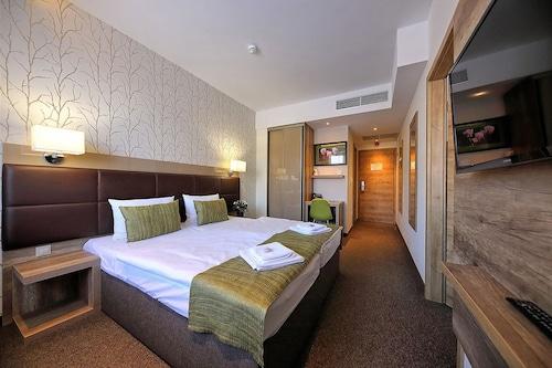 Nádas Tó Park Hotel Superior, Monor