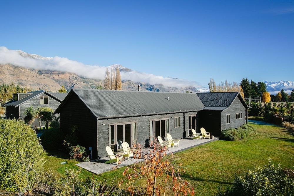 Mountain Range Boutique Lodge