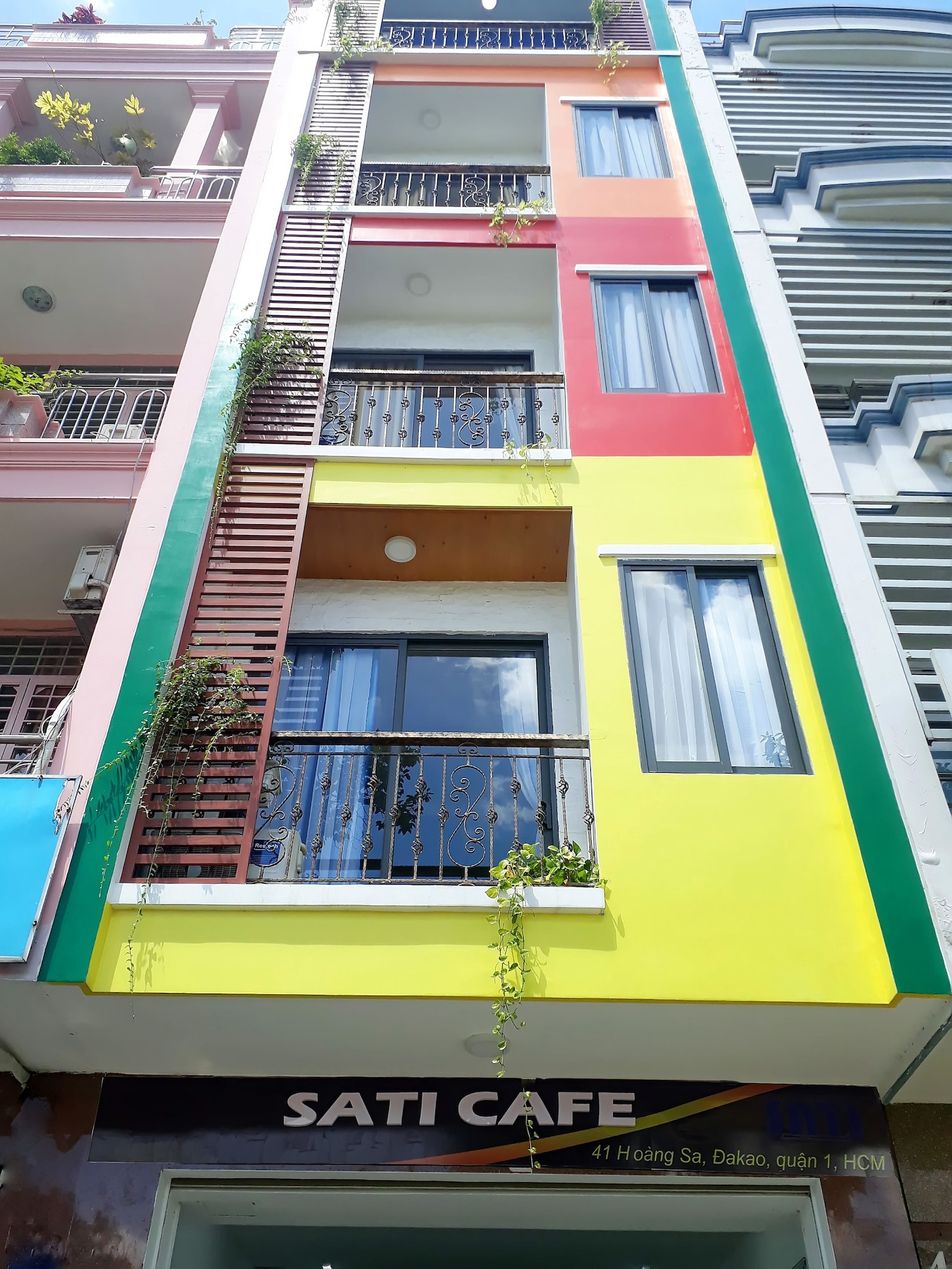 Sati Apartment Riverside, Quận 1