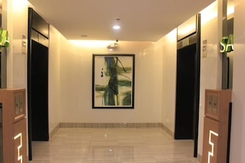 GREEN RESIDENCES Reception Hall