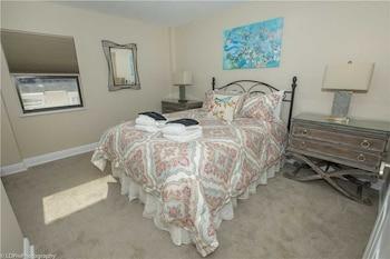 Inlet Reef 211 2 Bedrooms 1.5 Bathroom Condo