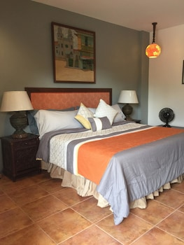 CASA MARINA BED AND BREAKFAST