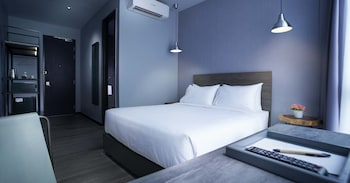 アーバン H ホテル