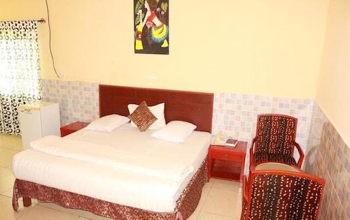 Carlcon Hotel, Calabar