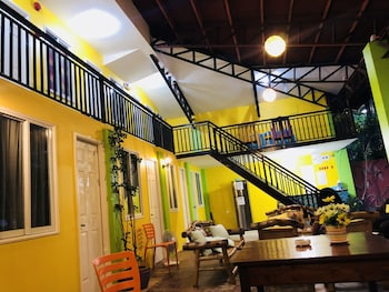 COLORS BOUTIQUE HOSTEL Puerto Princesa Palawan