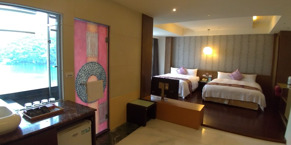 ミラコロ ビュー ホテル