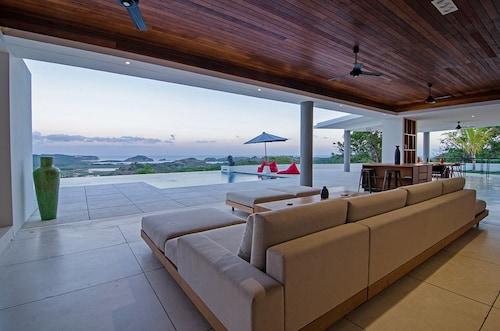 Villa Bliss, Lombok Tengah