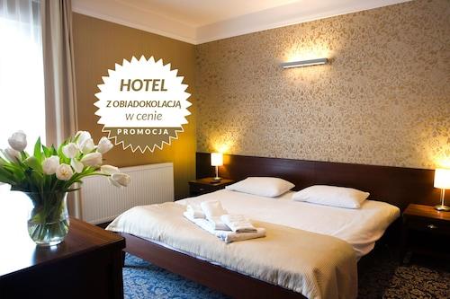 . Hotel Rad