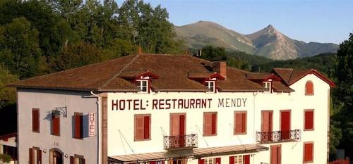 . Hotel Mendy