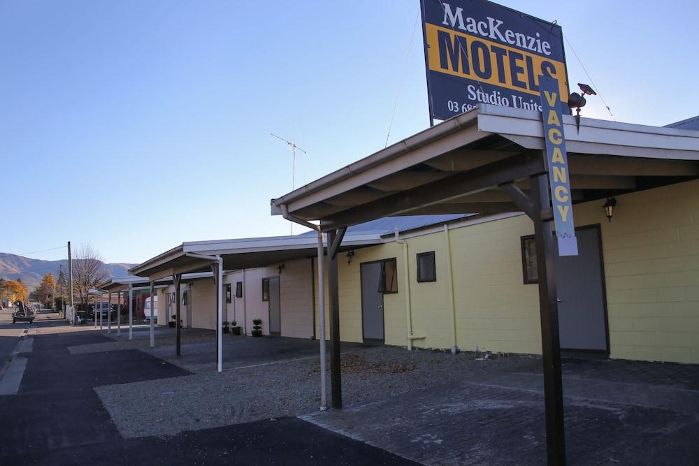 Mackenzie Motels
