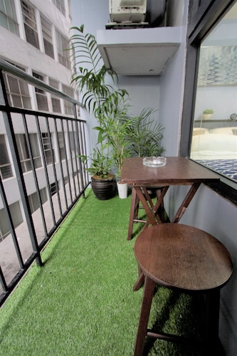 Indigo Manila Apartment @ ADB, Pasig City