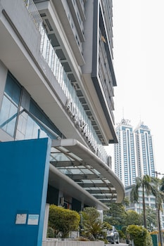 INDIGO ORTIGAS @ ADB AVENUE TOWER Exterior