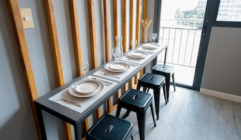 INDIGO ORTIGAS @ ADB AVENUE TOWER In-Room Dining