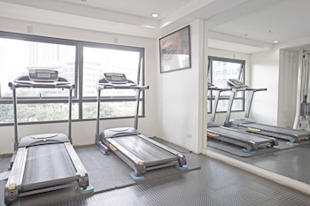 INDIGO ORTIGAS @ ADB AVENUE TOWER Gym