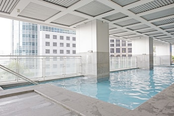 INDIGO ORTIGAS @ ADB AVENUE TOWER Outdoor Pool