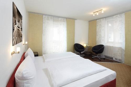 Hotel Zur Post, Olpe