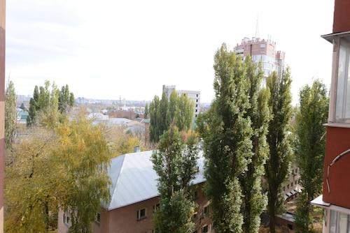 Megapolis Apartments on prospect Revolyutsii 9A, Novousmanskiy rayon