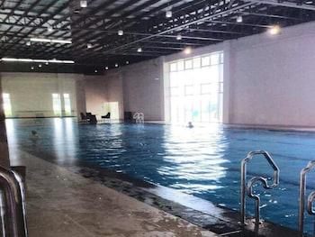 RELAXING WIND Indoor Pool