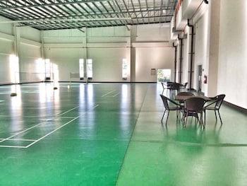 RELAXING WIND Sport Court
