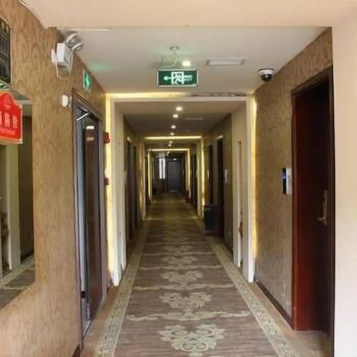 Plaza Garden Hotel, Luzhou