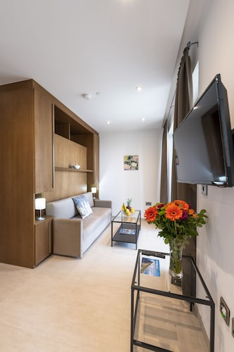 Westone Luxury Self-Catered Apartments, Gibraltar
