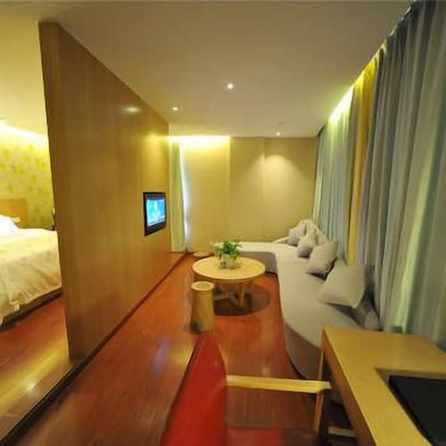 Guanjun Parent-child Theme Hotel, Shanghai
