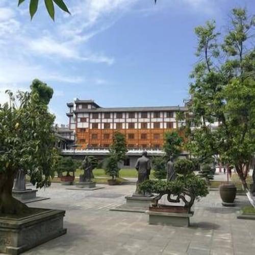 Bao Ning Vinegar Hotel, Nanchong