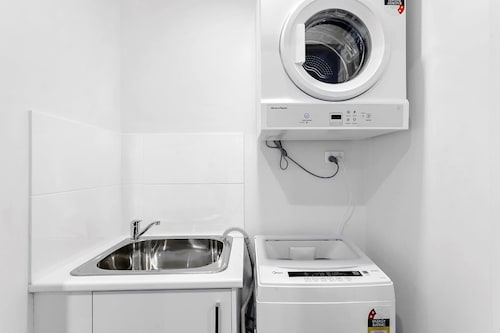 Astra Apartments Wollongong, Wollongong - Inner