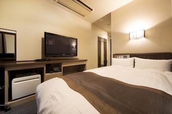 デラックス シングルルーム セミダブルベッド 1 台 禁煙|グランデュールホテル