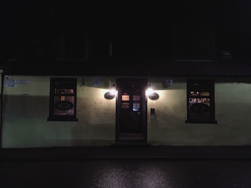 . The Harvest Coaching Inn