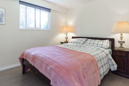 Cliff House Breakfast and Bed, Greater Vancouver