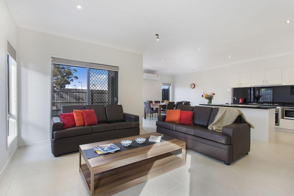 Bradford Place - Melbourne