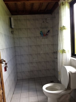 CALAYO BEACH RESORT Bathroom