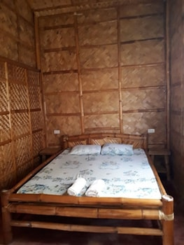 CALAYO BEACH RESORT Guestroom