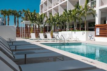 薩拉索塔現代 Tribute Portfolio 飯店 The Sarasota Modern, a Tribute Portfolio Hotel