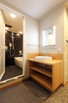 KOBE LUMINOUS HOTEL SANNOMIYA Bathroom Sink