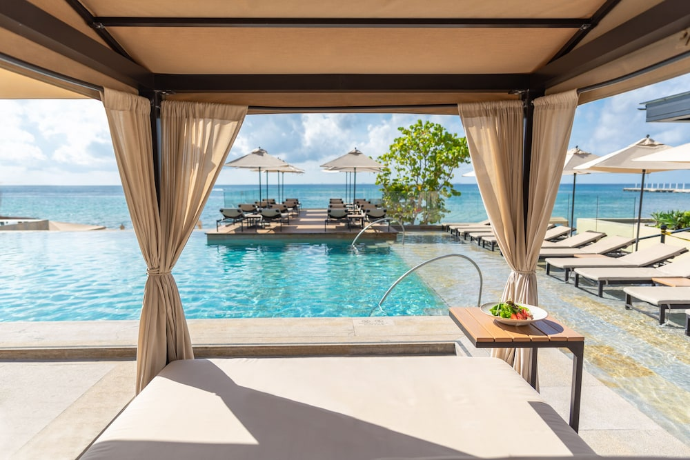 Grand Hyatt Playa Del Carmen Resort  - All Inclusive -  Package