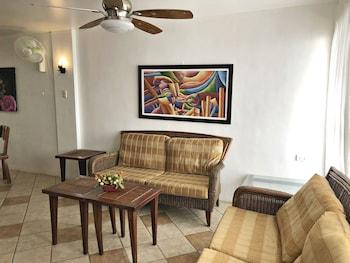 PURA VIDA VILLAS Living Room