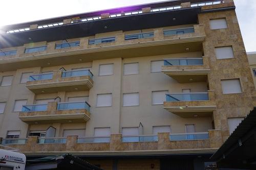 . Apartamentos Proamar