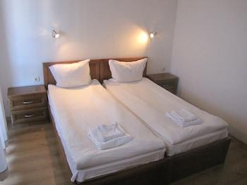 Edelweiss Inn Apartments