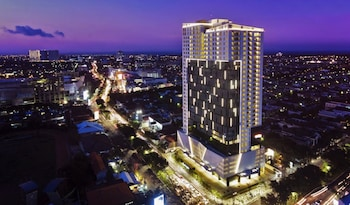 Hotel - Oakwood Hotel & Residence Surabaya