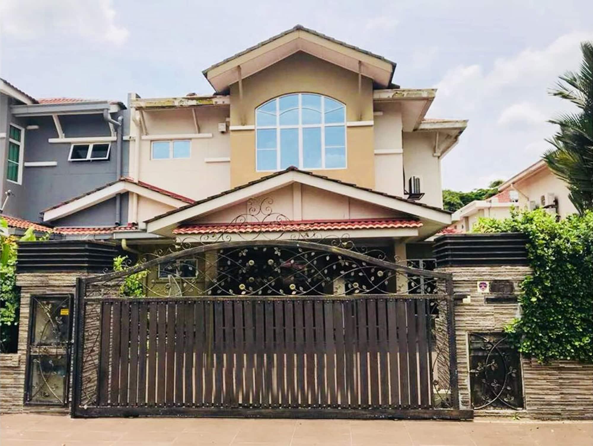 Botanic Elegant Suite Klang, Klang