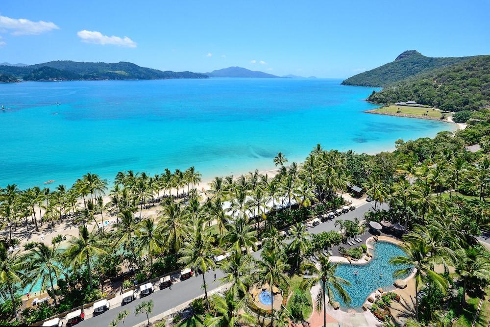 https://i.travelapi.com/hotels/28000000/27800000/27793500/27793424/db56880e_z.jpg