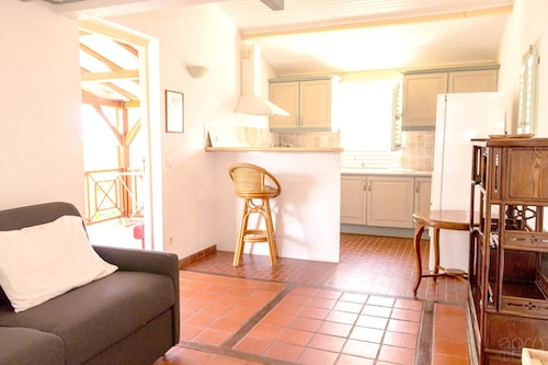 Apartment With one Bedroom in Sainte-luce, With Wonderful sea View, Po, Basse-Pointe