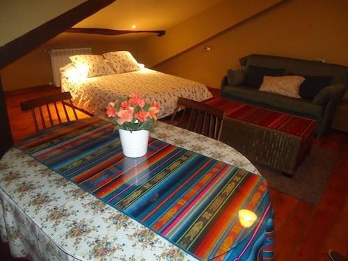 . Apartamentos Turísticos Peña Sobia