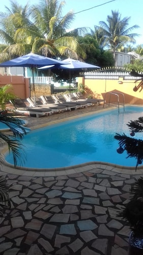 Apartment With 2 Bedrooms in Pointe aux Piments, With Wonderful sea Vi,